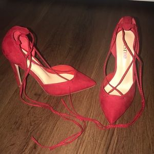Red Ankle Lace up High Heels, size 7